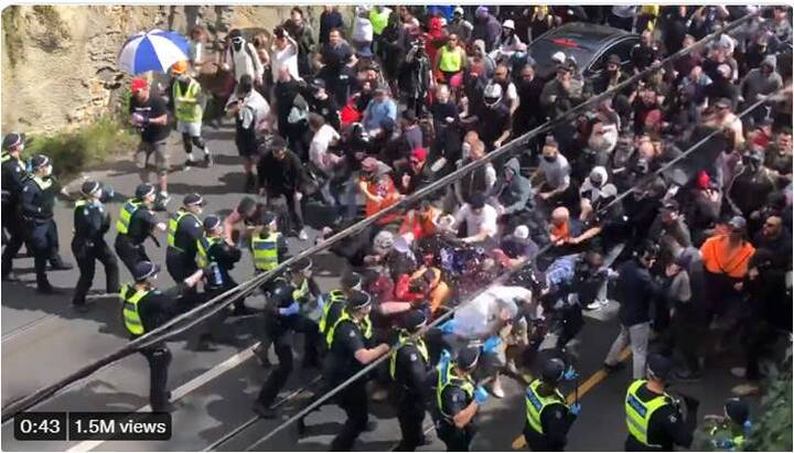 EPIC!! Protesters SMASH police lines ABSOLUTE REVOLUTION!! - The 2nd NEWS