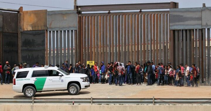 Texas Set to Finalize Plan to Build 700 Miles of Wall at Southern Border